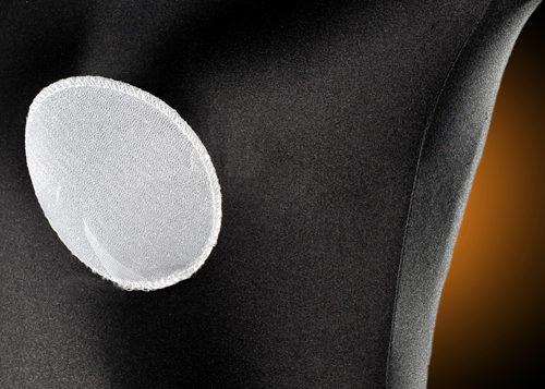 Wkładki piankowe pokryte dzianiną, do stosowania w biustonoszach push-up, sukniach ślubnych i gorsetach. Biały, beżowy i czarny kolor pokrycia.